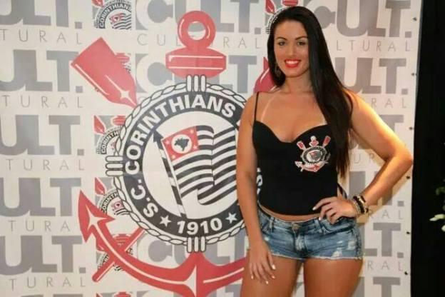 Leticia alonso candidata a musa do brasileiratildeo 2015 do corinthians - 3 5